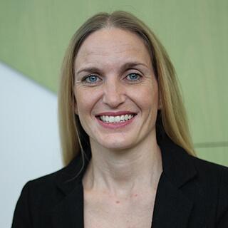 Dr Yolanda Gaspar